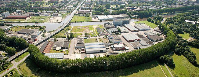 * Van der Velde verhuist naar Waagplein * Bedrijvenverenigingen groeien * Nieuwe Zernike Campus en Eurosonic Noorderslag zetten stad op de kaart *