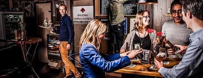 * Succesvol overleg wijkwinkelcentra * Grootste tweedaagse studentencongres naar Groningen * De Verbinding wint Social Impact Award *