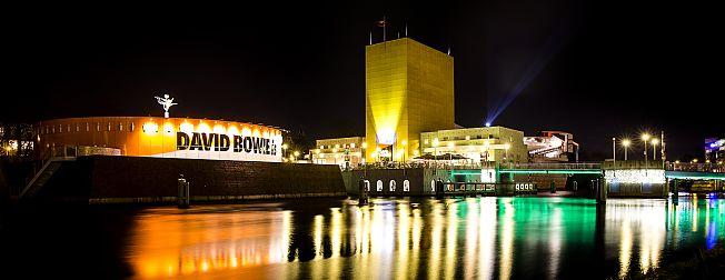 * Grootste blockchain-hachathon ter wereld in The Big Building * Ondernemerstalent strijdt om 'De Gouden Pitch *  Groningen voorop bij vergroening chemie *