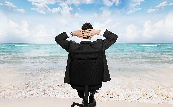* Warm ontvangst van plannen rond Simmerenterrein * Positieve vibe tijdens jaarvergaderingen van bedrijvenverenigingen * Leuk ondernemersnieuws gezocht! *
